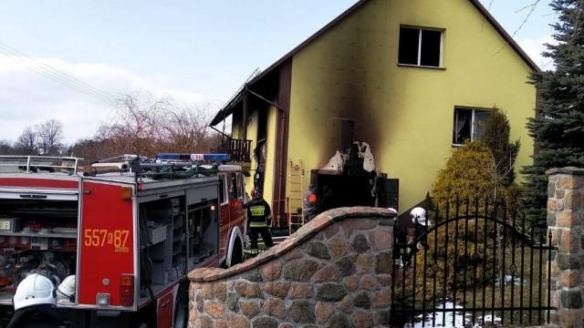Wybuch i pożar w domu k. Wadowic [ZDJĘCIA]