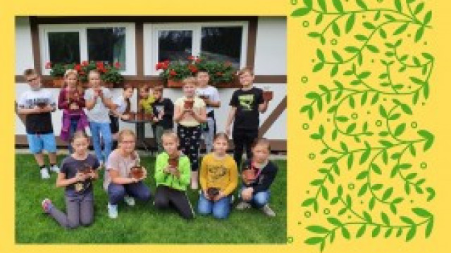 Wycieczka klasy 3b do szkółki krzewów i drzew