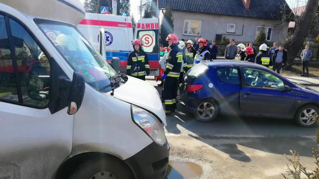 Wypadek drogowy na DK44 w Przeciszowie. FOTO!