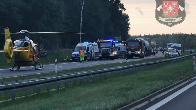 Wypadek na A4 pod Chrzanowem. Policja poszukuje kierowcy czarnego Audi Q5