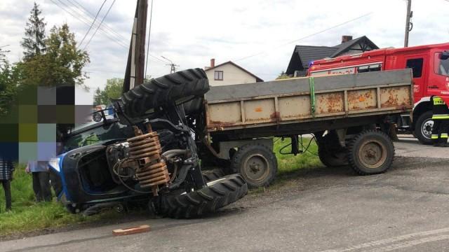 Wypadek z udziałem ciągnika rolniczego w Piotrowicach – ZDJĘCIA!