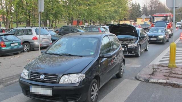 Wypadek za wypadkiem na ulicy Dworcowej – FOTO