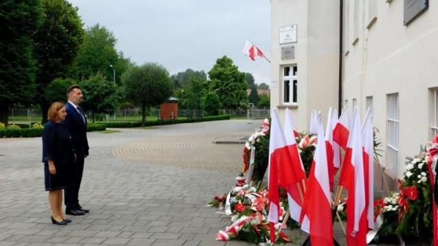 Zarząd Powiatu uczcił pamięć o polskich więźniach pierwszego transportu do KL Auschwitz