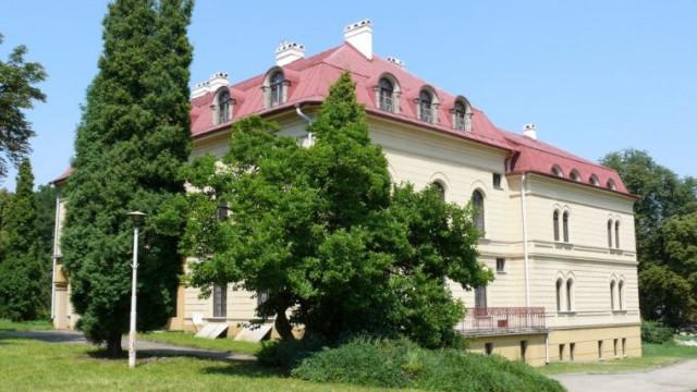 Zarząd Powiatu w Oświęcimiu ogłosił przetarg na sprzedaż atrakcyjnie położonych nieruchomości w centrum Oświęcimia i Grojca. - InfoBrzeszcze.pl