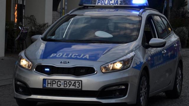 Zawyją sygnały policyjnych radiowozów