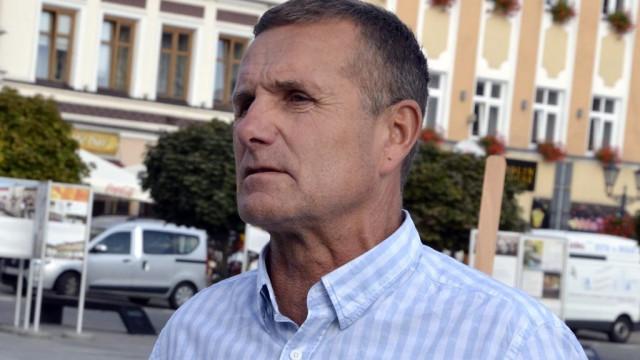 Zbigniew Starzec: Nie brakuje pieniędzy, ale ratowników medycznych