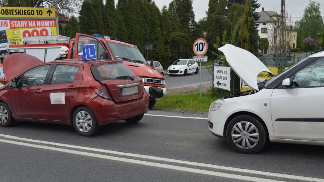 Zdarzenie drogowe na DK52 w Kętach. ZDJĘCIA !