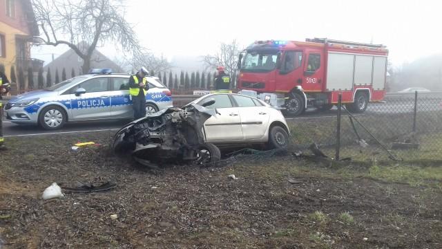 Zdarzenie drogowe w Podolszu. Jedna osoba została poszkodowana. ZDJĘCIA!