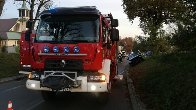 Zderzenie busa z samochodem osobowym w Polance Wielkiej – ZDJĘCIA, FILM!