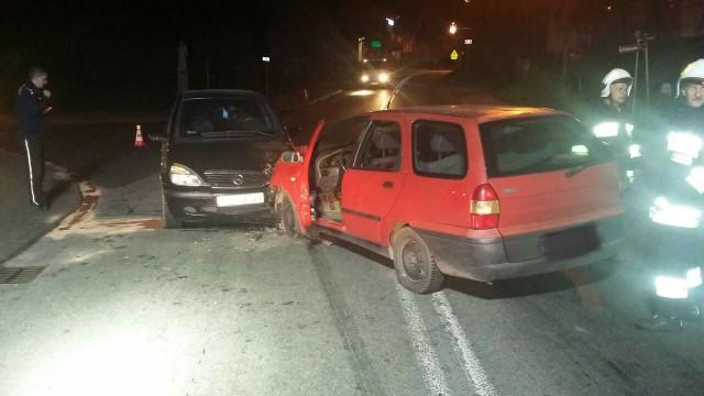 Zderzenie dwóch pojazdów w Zatorze. DK44 i DK28 były zablokowane. ZDJĘCIA !