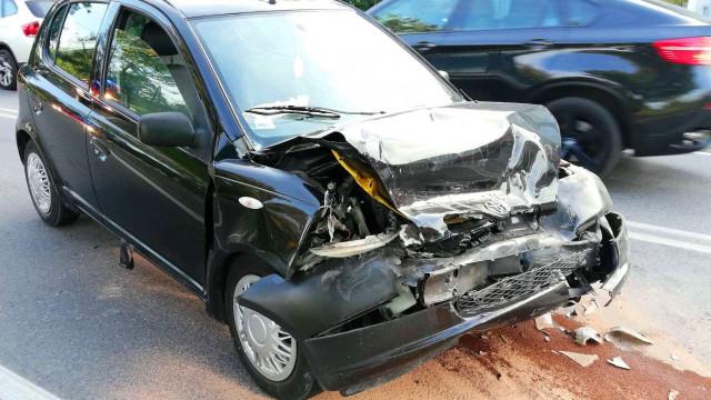 Zderzenie trzech samochodów w Grojcu, jedno ze zgłoszeń wpłynęło na SK KP PSP z systemu eCall. ZDJĘCIA!