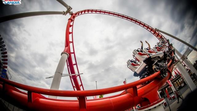 Złota Polska Jesień w otoczeniu rollercoasterów – FOTO